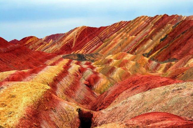 Цветные скалы Чжанъе Данксиа