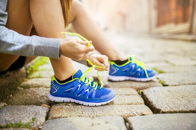 Как правильно выбрать спортивную обувь для школы
