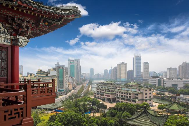 Китай – одна из самых динамичных и интересных стран на планете
