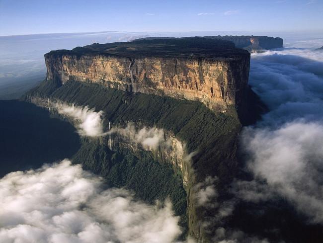 Гора Рорайма – искрящаяся тишина или ручные облака