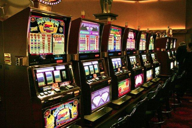 Играйте в лучший клуб Slot V