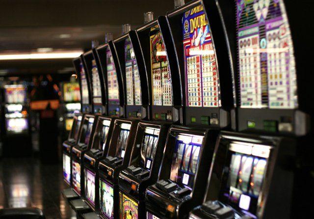 Большой выбор онлайн слотов на Play Fortuna casino